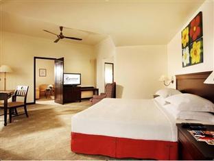 Senator Suite Equatorial Hotel